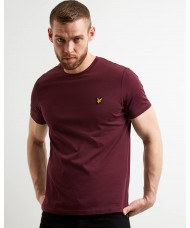 Lyle & Scott Crew Neck T-Shirt In Burgundy - TS400V