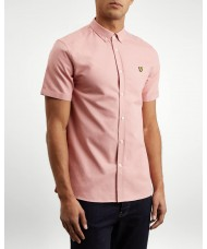 Lyle & Scott Short Sleeve Button Down Oxford Shirt In Coral Way - SW605VTR