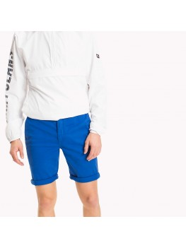 Tommy Jeans Twill Fitted Straight Shorts In Bright Blue - DM0DM01928