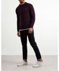Lyle & Scott Crew Neck Lambswool Blend Jumper In Deep Plum