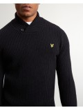 Lyle & Scott Shawl Neck Jumper In True black - KN916V